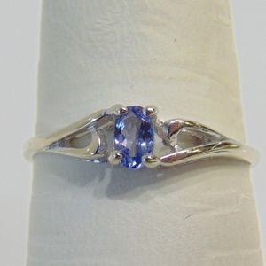 14KT White Gold Tanzanite Ring Light Blue